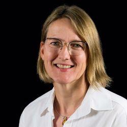 Dr. Barbara Hausmann