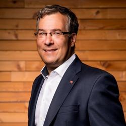 Alexander Hauser (Sprecher & Moderator)